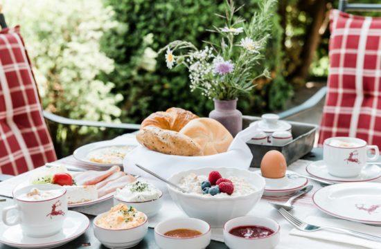 Zimmer mit Frühstück auf der Terrasse - Landhaus Steiner