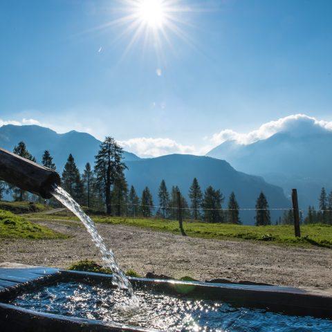 Wanderurlaub Berge Brunnen Salzburg
